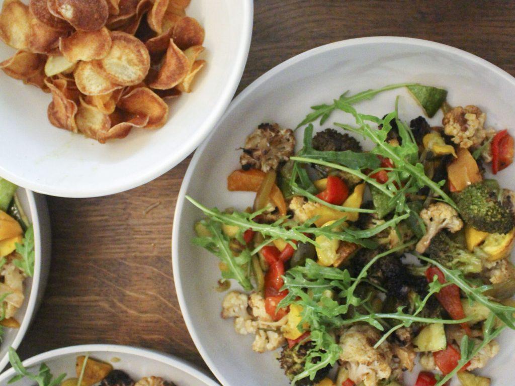 Gemüse, Salat und Chips